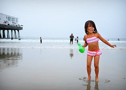 Beachgirlyasmall